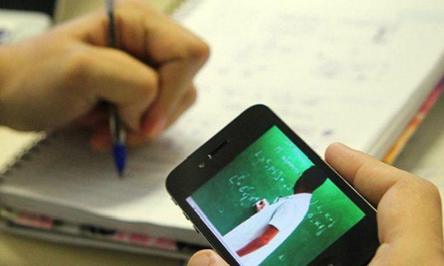 CAPES abre 300 mil vagas em cursos virtuais para professores