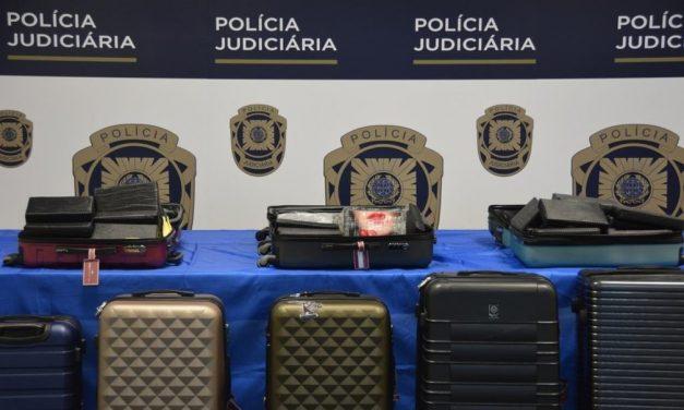 Brasileiros são flagrados ao tentar entrar em Portugal com mais de 170 kg de cocaína levados em jatinho