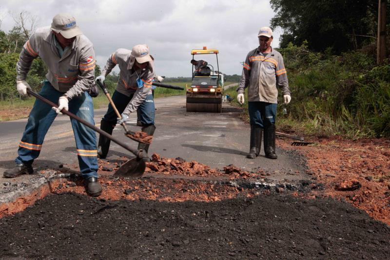 Rodovias do Nordeste do Pará recebem manutenção