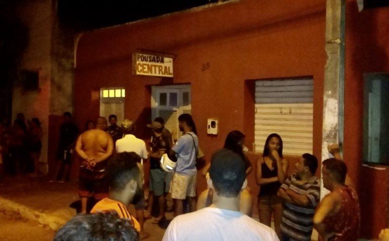 Dono de pousada é morto na frente da filha na Bahia; hóspede é suspeito