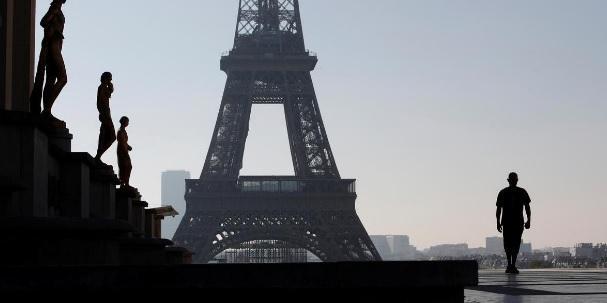Ampliação do toque de recolher afeta 46 milhões na França