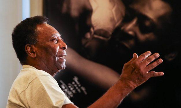 Pelé, 80 anos: Rei do Futebol já vestiu a camisa do Remo e enfrentou o Paysandu na Curuzu