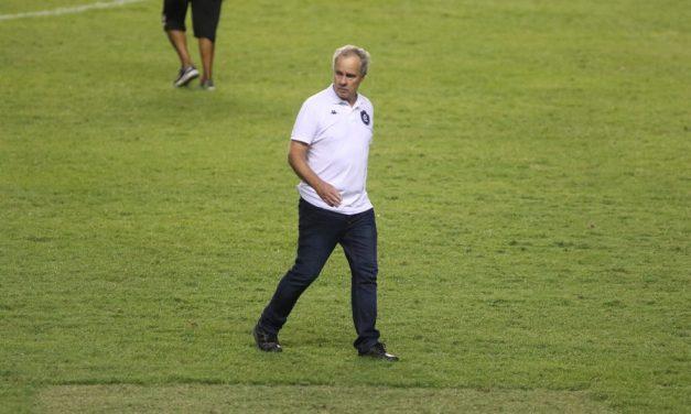Após goleada, Paulo Bonamigo faz as contas por classificação do Remo e foca no Vila Nova