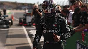 Hamilton vence em Portugal e supera recorde de Schumacher na F1