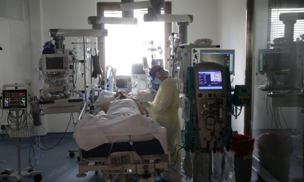 Rússia anuncia falta de médicos em meio a alta de casos de coronavírus na Europa