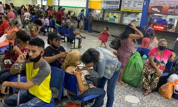 Terminal Rodoviário de Belém descumpre regras básicas em feriado que espera 8 mil passageiros