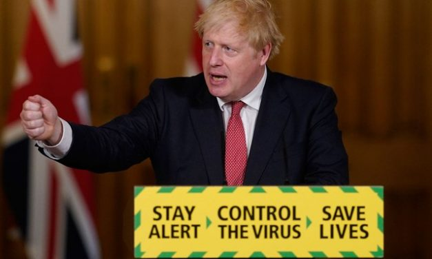 Boris Johnson deve anunciar novo confinamento na Inglaterra, diz TV local