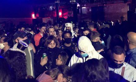 Polícia acaba com festa de Halloween para 400 pessoas em Nova York