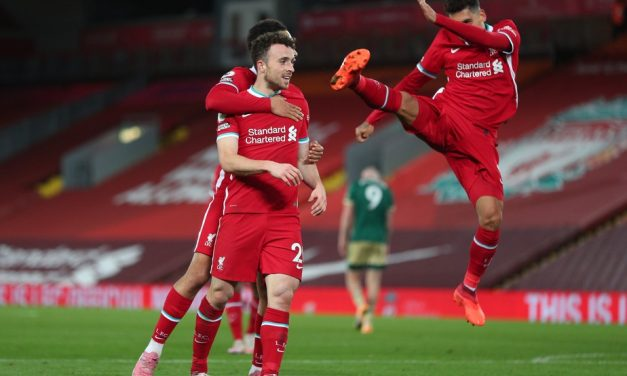 """Sombra de Firmino, Diogo Jota é elogiado por Klopp no Liverpool: """"Está muito melhor do que pensei"""""""