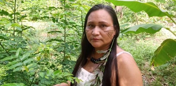 Cruzando a floresta e com medo da covid: o voto em locais de difícil acesso