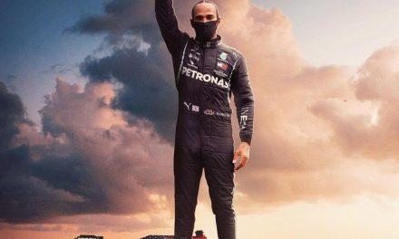 """Após conquistar hepta, Hamilton diz que seguirá lutando por mundo """"diversificado e inclusivo"""""""