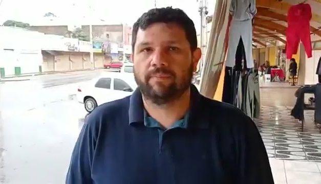Polícia Federal faz buscas em casa de blogueiro bolsonarista; ministro do STF determina prisão domiciliar