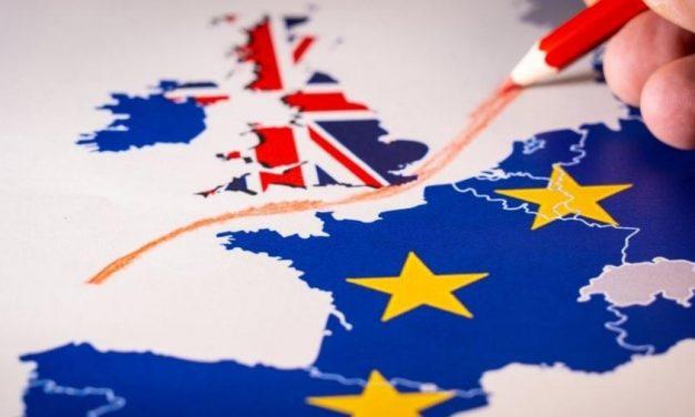 Comissão Europeia vê avanços, mas muito a fazer para acordo pós-Brexit