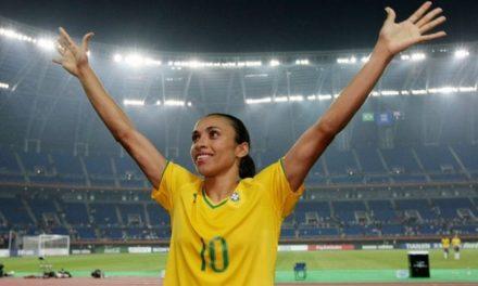 Marta é cortada da seleção brasileira após ser diagnosticada com covid-19