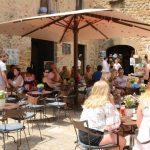 Catalunha flexibiliza lockdown, reabre bares e restaurantes e aposta em vacina
