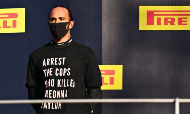 Com Covid-19 e fora do GP de Sakhir, Hamilton voltará a protestar com camiseta no pódio se necessário