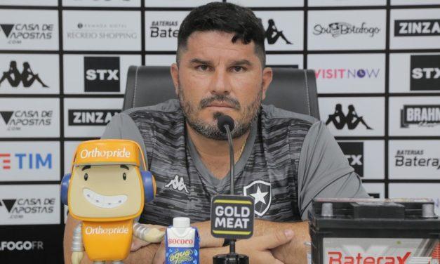 Risco do Botafogo: 14 de 20 times com 5 ou mais técnicos no mesmo ano foram rebaixados desde 2003