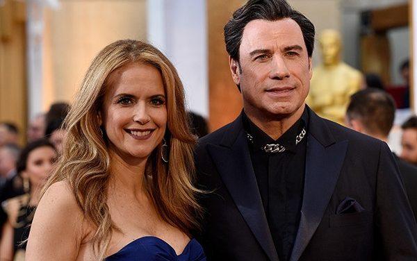 Travolta faz post emocionado para agradecer fãs por apoio desde a morte da esposa