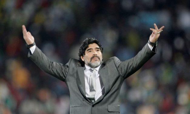 Médico de Maradona é acusado formalmente por homicídio culposo