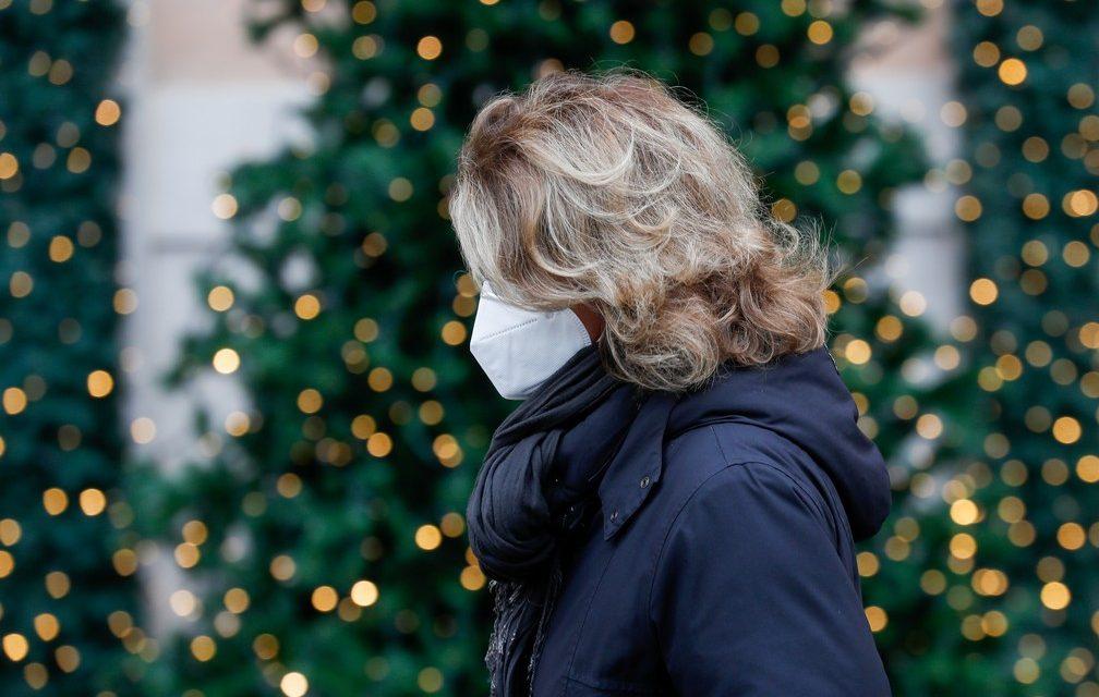 Itália proíbe viagens no Natal e ano novo para conter nova onda da Covid