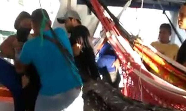 Policiais que agrediram mulher em barco no Pará pagam fiança e são liberados