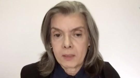 Cármen Lúcia determina que Bolsonaro e Salles prestem informações ao STF sobre desmatamento