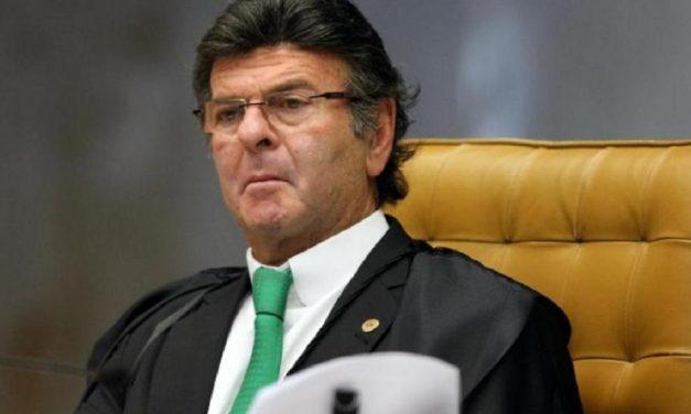 Fux defende pedido do STF para reservar vacinas a ministros e servidores