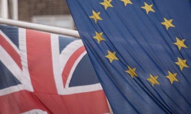 Mesmo com acordo pós-Brexit, negociações entre UE e Reino Unido serão permanentes, dizem especialistas