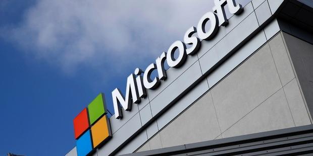 Hackers russos roubaram dados de clientes Microsoft