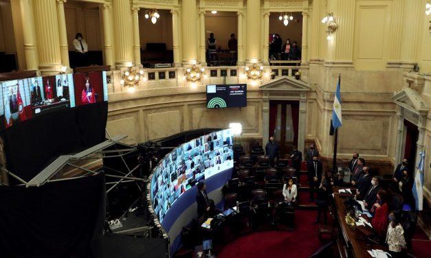 Senado da Argentina vota legalização do aborto