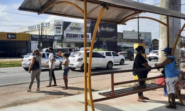 Avanço de obras altera parada de ônibus no KM-4 da BR-316