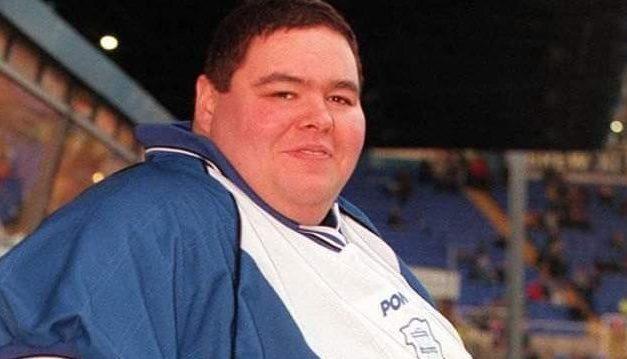 Após pesar 413 quilos, homem mais pesado do mundo morre aos 52 anos