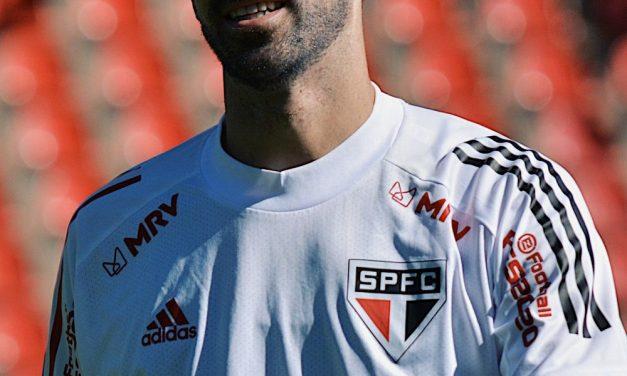 Veja lista de jogadores do São Paulo com contratos que terminam neste ano