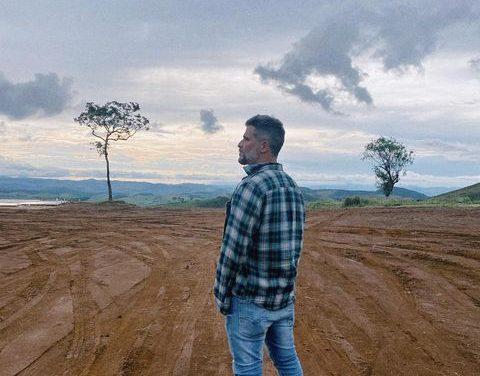 Bruno Gagliasso mostra o interior do seu rancho na montanha e impressiona