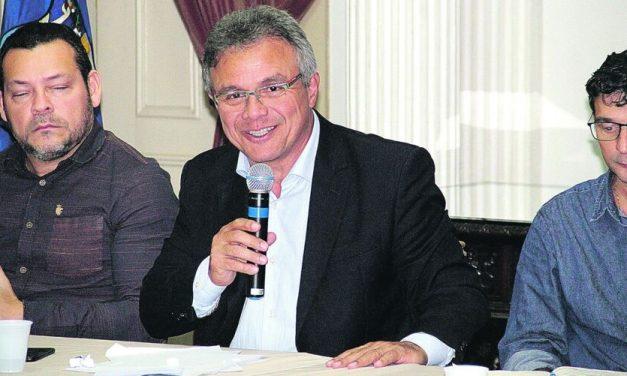Zenaldo Coutinho, ex-prefeito de Belém deixa rombo de R$ 51 milhões na Prefeitura
