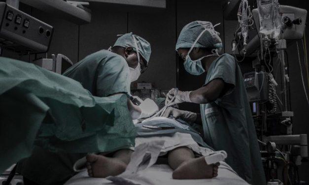 Governo não previu toda a verba para pagar médicos-residentes na pandemia