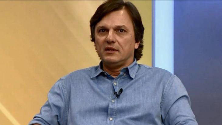 """Canal de Mauro Cezar sofre ataque e assusta seguidores: """"Hackearam"""""""