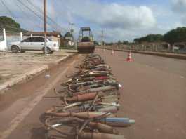 Demutran destrói mais de 150 escapamentos irregulares de motocicletas em Moju, no PA