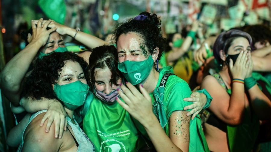 Aborto legal entra em vigor na Argentina