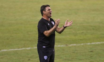 """Brigatti revela conversa com o elenco antes de decisão contra o Ypiranga-RS: """"É tudo ou nada"""""""