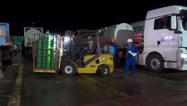 Manaus recebe 70 mil metros cúbicos de oxigênio vindos de Belém