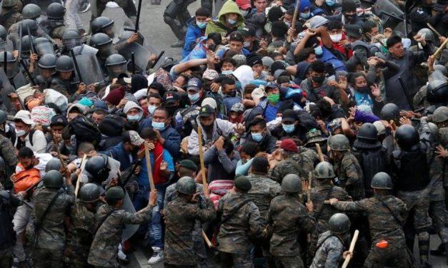 Imigração: imagens mostram violenta repressão na Guatemala a migrantes que caminham para os EUA