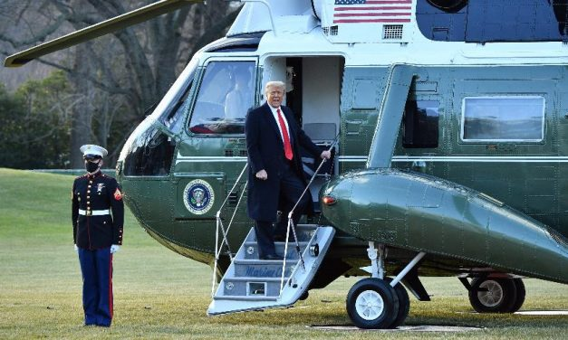 Trump deixa Casa Branca de helicóptero antes da posse de Biden