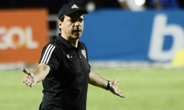 São Paulo decide não mudar comissão técnica após maior goleada da história do Morumbi