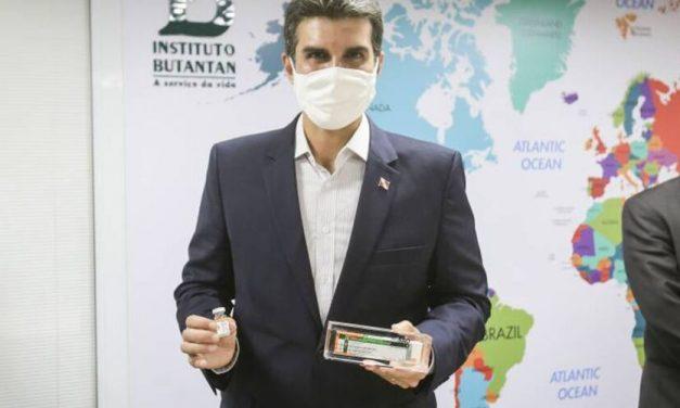 Para evitar fura-fila, governador quer divulgação da lista com vacinados no Pará