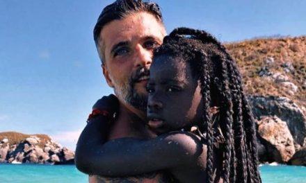 """Bruno Gagliasso se declara para a filha, Titi: """"Dois corações que de tanto amor se tornam um"""""""