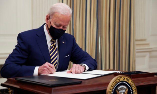 Projeto ambicioso de Biden para legalizar imigrantes testará força de trumpistas no Congresso