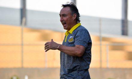"Especulado no Paysandu, Roberto Fonseca confirma desejo de comandar equipe: ""Grande clube"""
