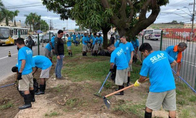 Internos realizam limpeza de vias na Grande Belém