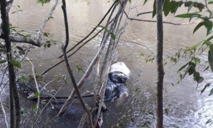 Corpo é encontrado dentro de rio, na zona rural de Tailândia